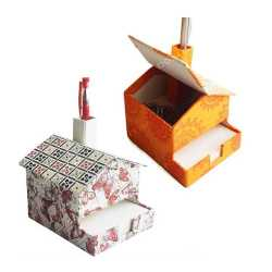 Hut Slip Box with Pen Stand
